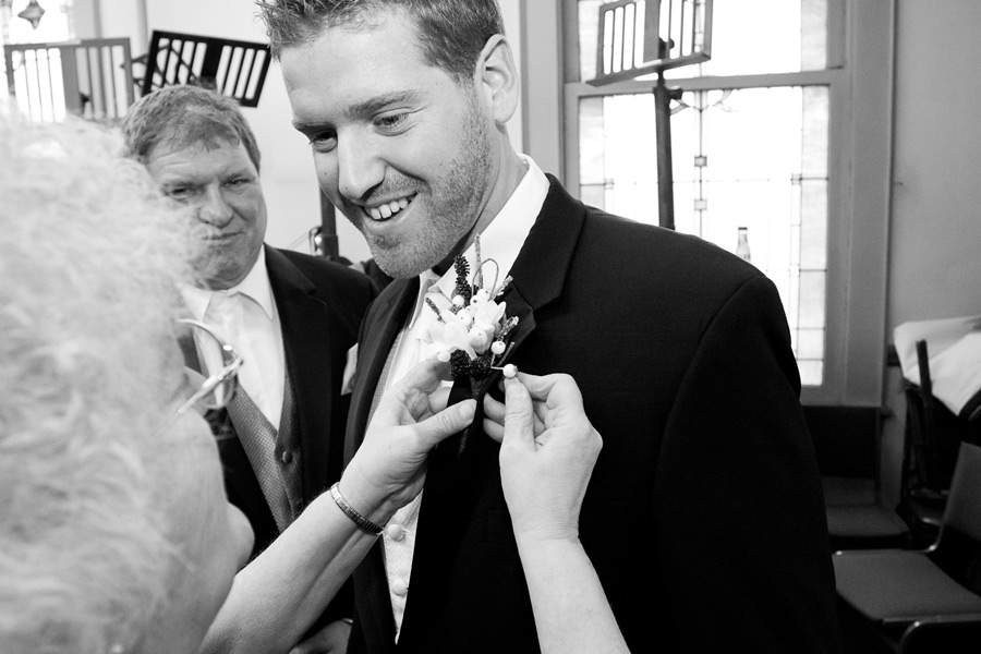 eugene-wedding-009 Oregon Wedding Photographer | Ebbert Memorial | Lewis & Clark | Amanda & Daniel