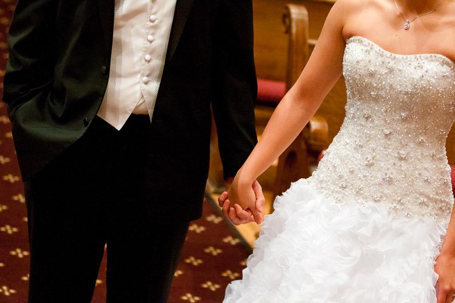 eugene-wedding-016 Oregon Wedding Photographer | Ebbert Memorial | Lewis & Clark | Amanda & Daniel