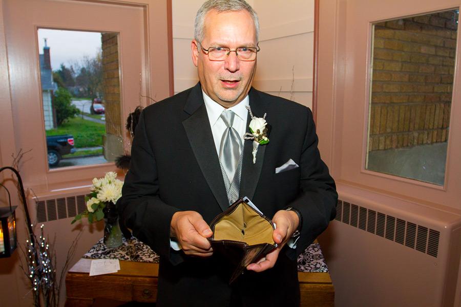 eugene-wedding-029 Oregon Wedding Photographer | Ebbert Memorial | Lewis & Clark | Amanda & Daniel