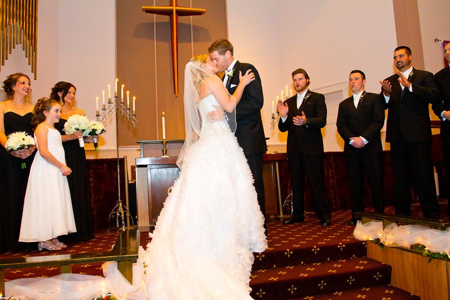 eugene-wedding-039 Oregon Wedding Photographer | Ebbert Memorial | Lewis & Clark | Amanda & Daniel