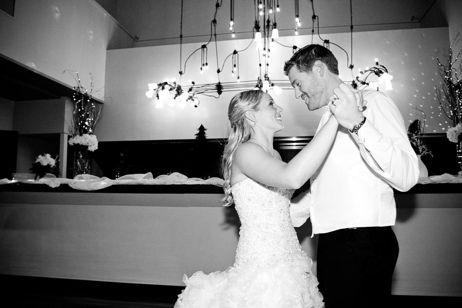 eugene-wedding-066 Oregon Wedding Photographer | Ebbert Memorial | Lewis & Clark | Amanda & Daniel