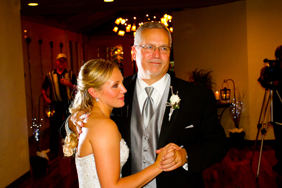 eugene-wedding-069 Oregon Wedding Photographer | Ebbert Memorial | Lewis & Clark | Amanda & Daniel