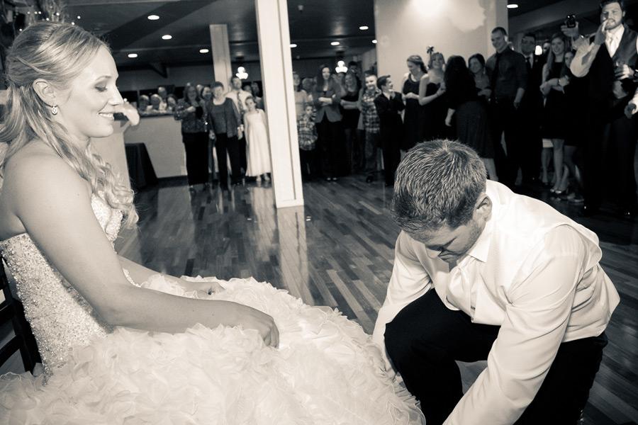 eugene-wedding-072 Oregon Wedding Photographer | Ebbert Memorial | Lewis & Clark | Amanda & Daniel