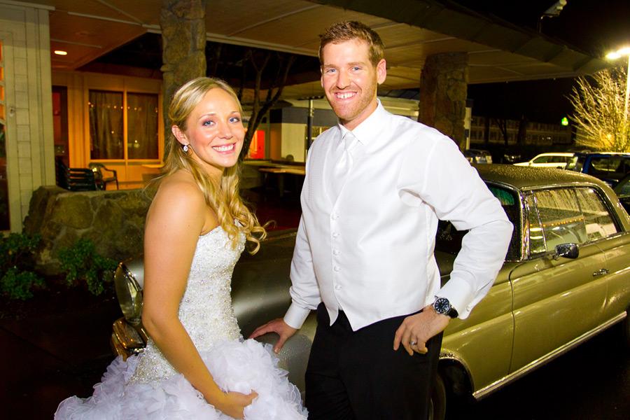 eugene-wedding-082 Oregon Wedding Photographer | Ebbert Memorial | Lewis & Clark | Amanda & Daniel