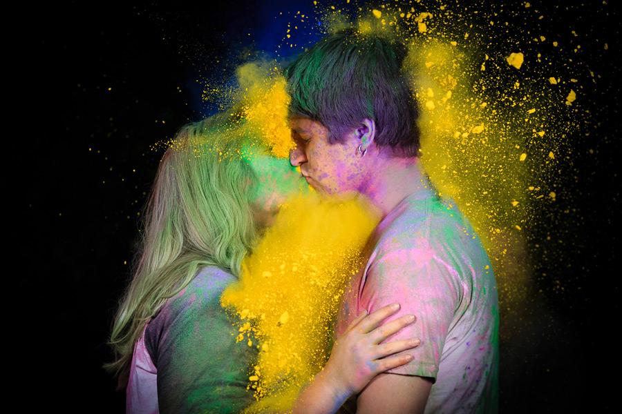Paint Powder Engagement Photos   Raegan & Sean   Springfield Oregon