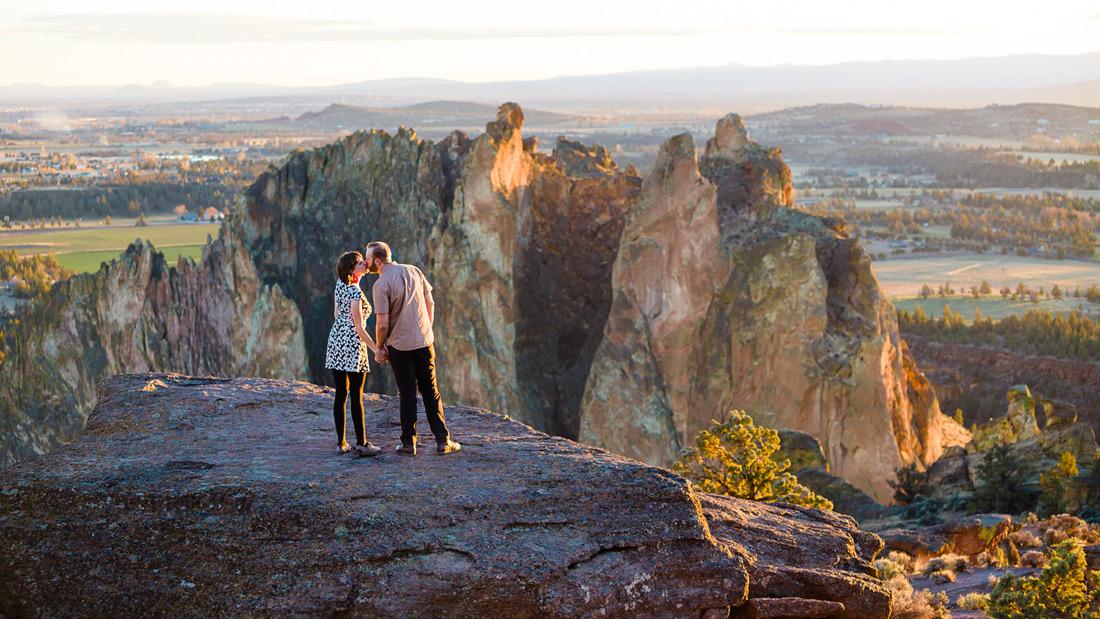 Smith Rock Engagement Photos | Amanda & Ryan | Central Oregon Wedding Photographer