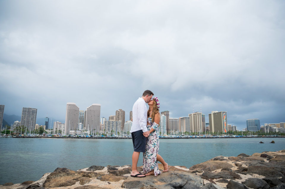 Magic Island Engagement Photos | Waikiki Hawaii Wedding | Jennifer & Morgan