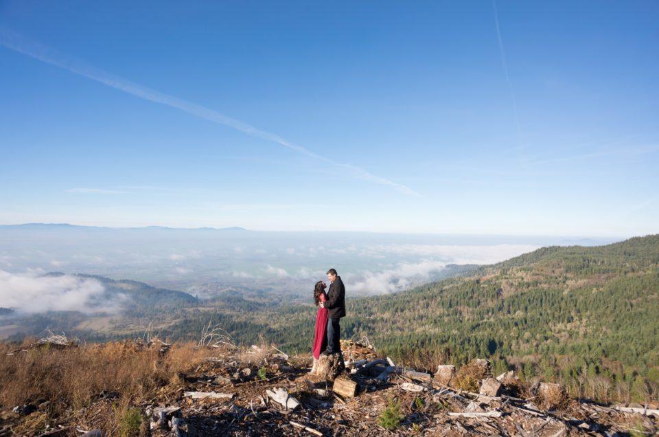 Salem Oregon Engagement Pictures | Katrina & Eric | Coburg Hills