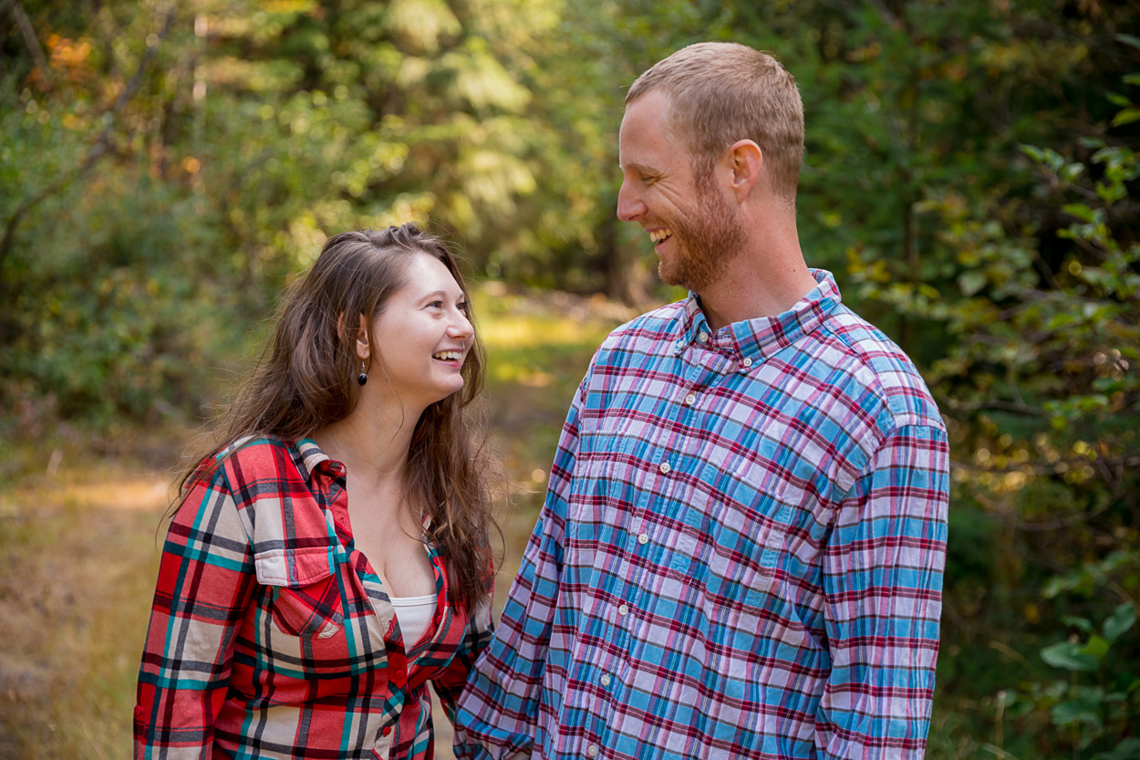 oregon-engagement-001 Oregon Engagement Session | Diamond Peak Wilderness | Julia & Jonathan
