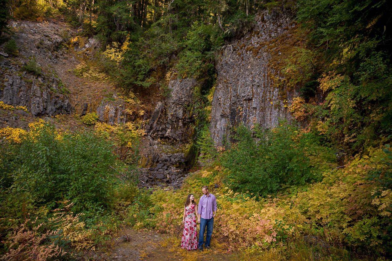 oregon-engagement-005 Oregon Engagement Session | Diamond Peak Wilderness | Julia & Jonathan