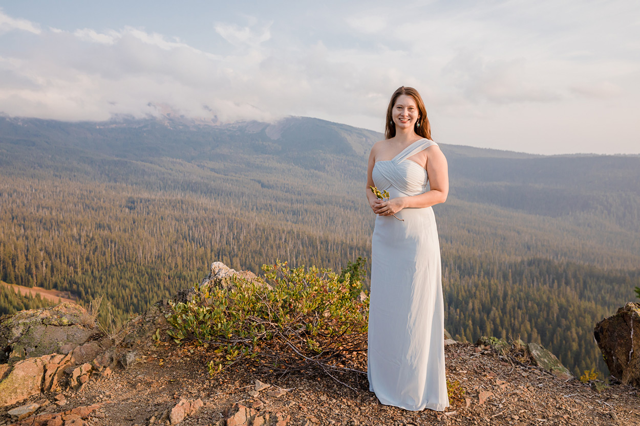 oregon-engagement-014 Oregon Engagement Session | Diamond Peak Wilderness | Julia & Jonathan