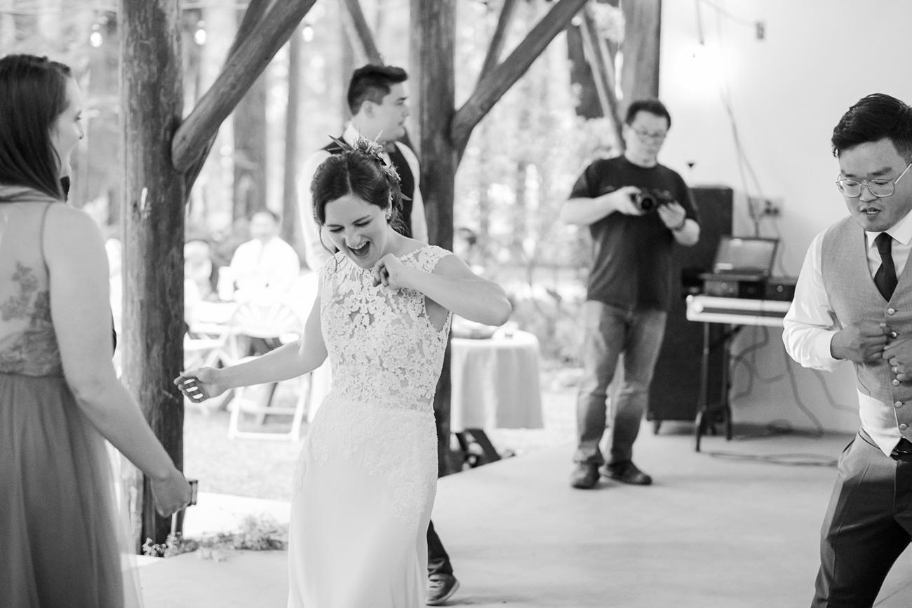 loloma-lodge-oregon-wedding-11 Loloma Lodge Oregon Wedding | Anna & Justin | Traditional Korean Tea Ceremony