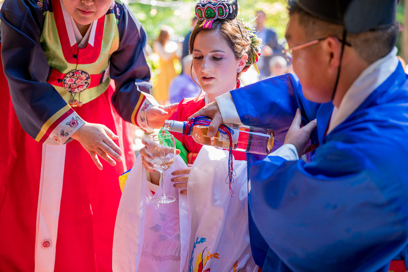 loloma-lodge-oregon-wedding-27 Loloma Lodge Oregon Wedding | Anna & Justin | Traditional Korean Tea Ceremony