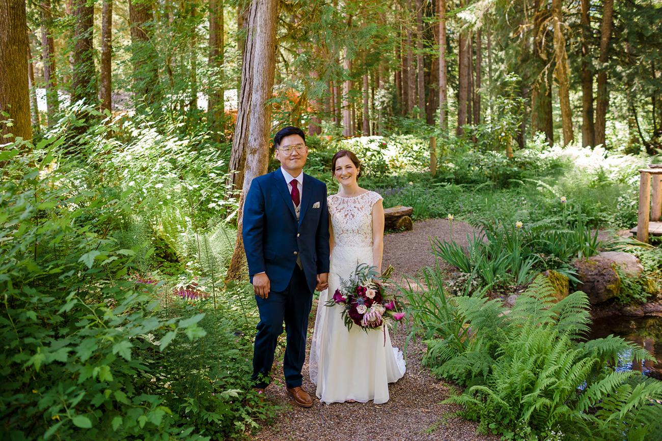 loloma-lodge-oregon-wedding-54 Loloma Lodge Oregon Wedding | Anna & Justin | Traditional Korean Tea Ceremony