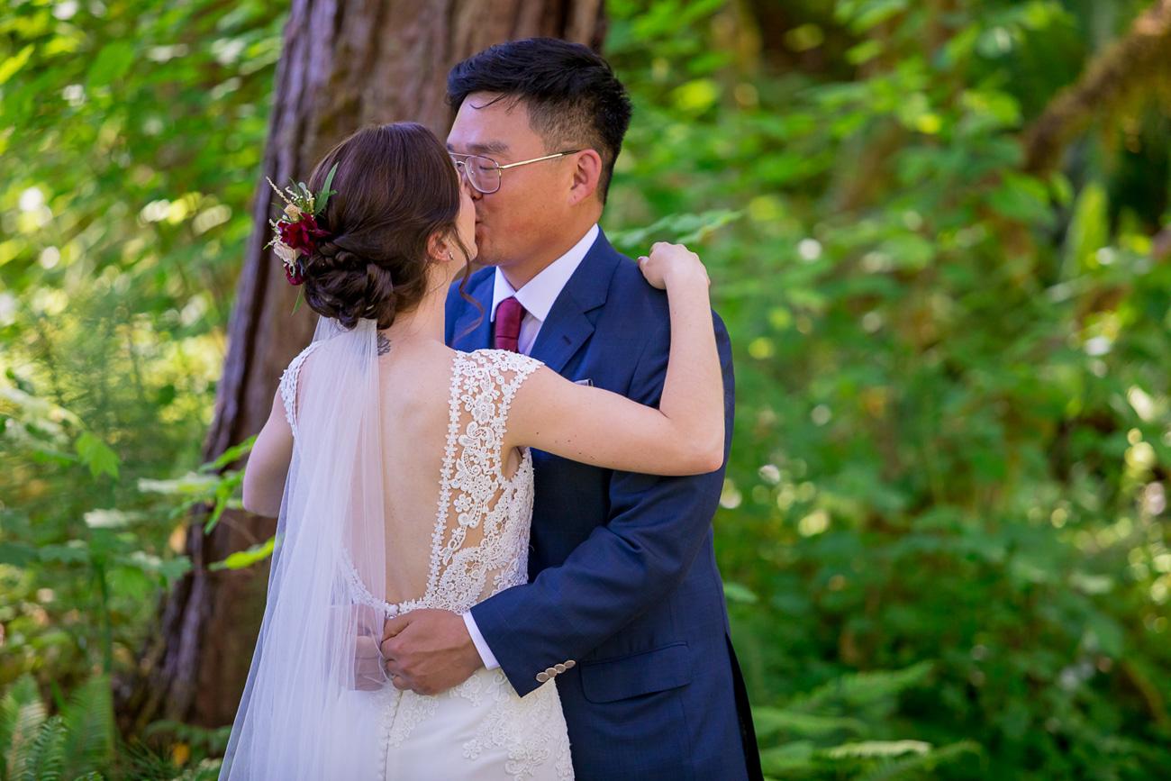 loloma-lodge-oregon-wedding-66 Loloma Lodge Oregon Wedding | Anna & Justin | Traditional Korean Tea Ceremony
