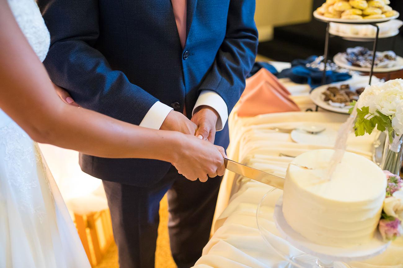 st-marys-catholic-wedding-21 St Marys Catholic Wedding   Eugene Oregon Photographer   Ariana & Chavo