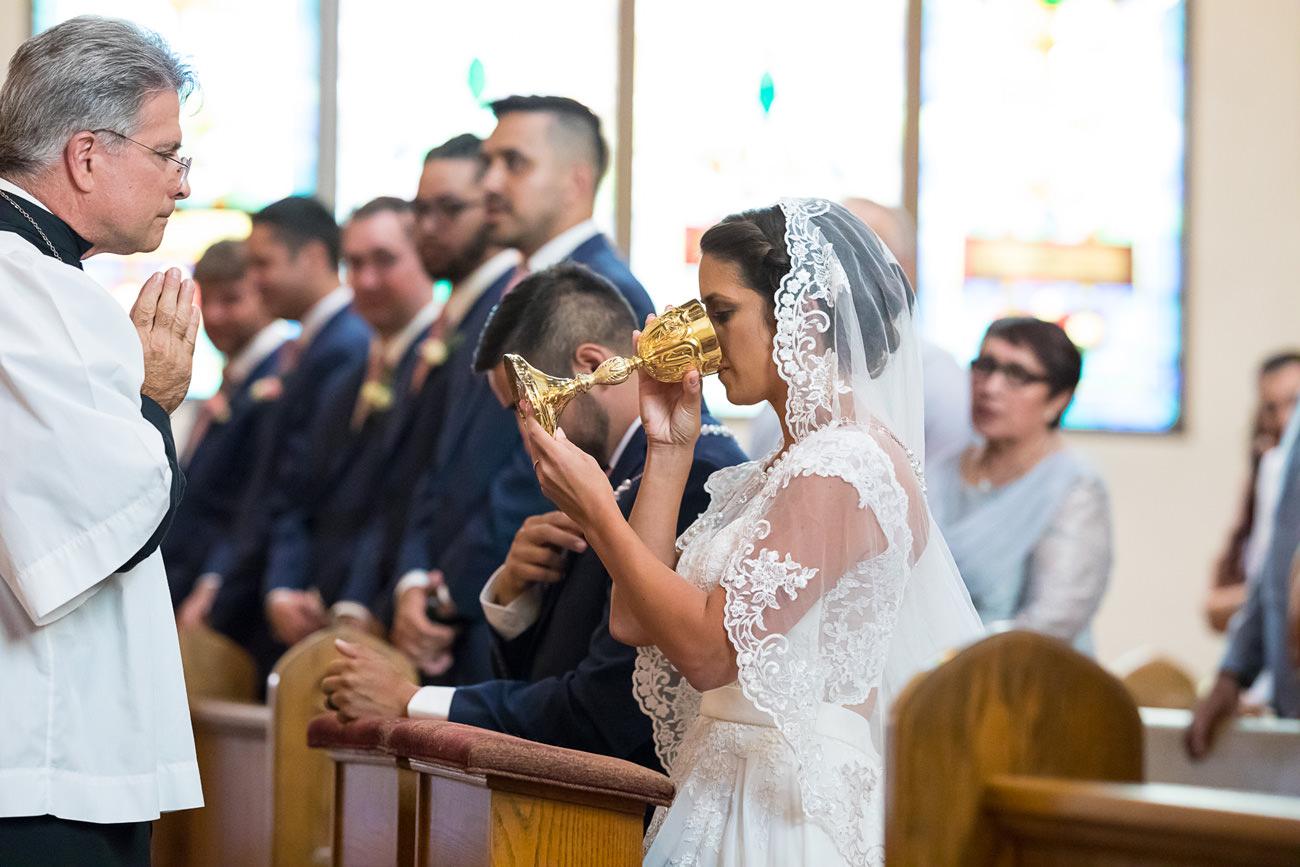 st-marys-catholic-wedding-54 St Marys Catholic Wedding   Eugene Oregon Photographer   Ariana & Chavo