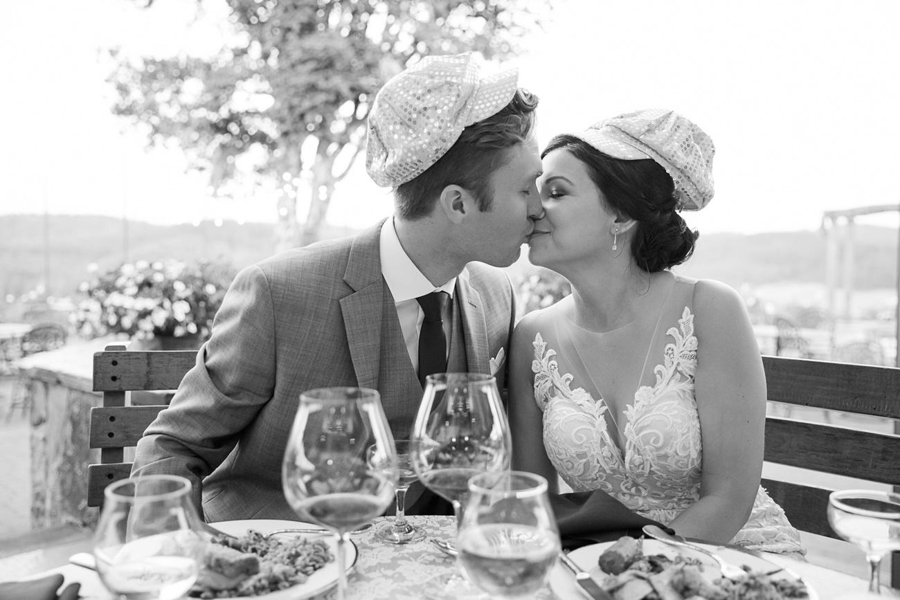 wedding-at-sweet-cheeks-winery-19 Wedding at Sweet Cheeks Winery | Eugene Oregon Photography | Emily & Bradley