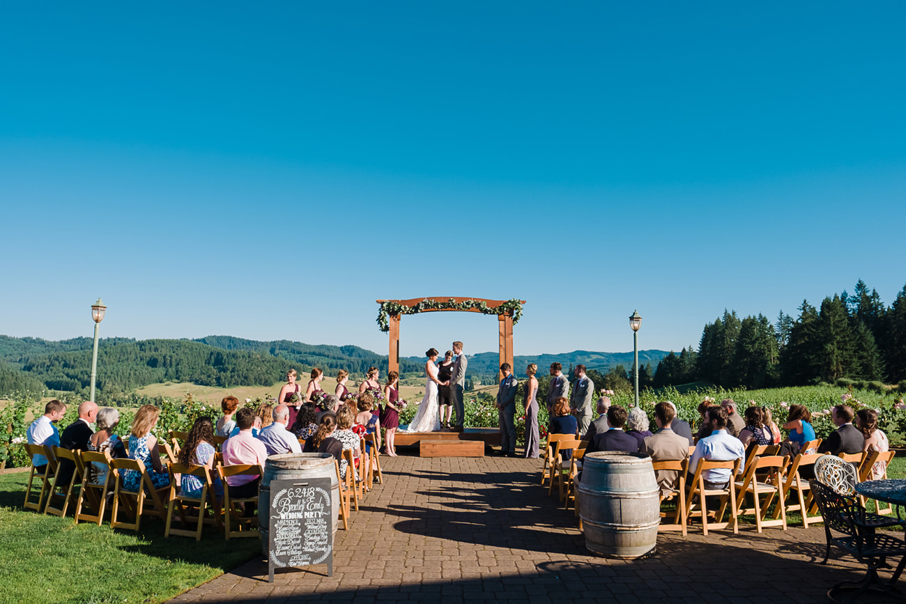 wedding-at-sweet-cheeks-winery-39 Wedding at Sweet Cheeks Winery | Eugene Oregon Photography | Emily & Bradley