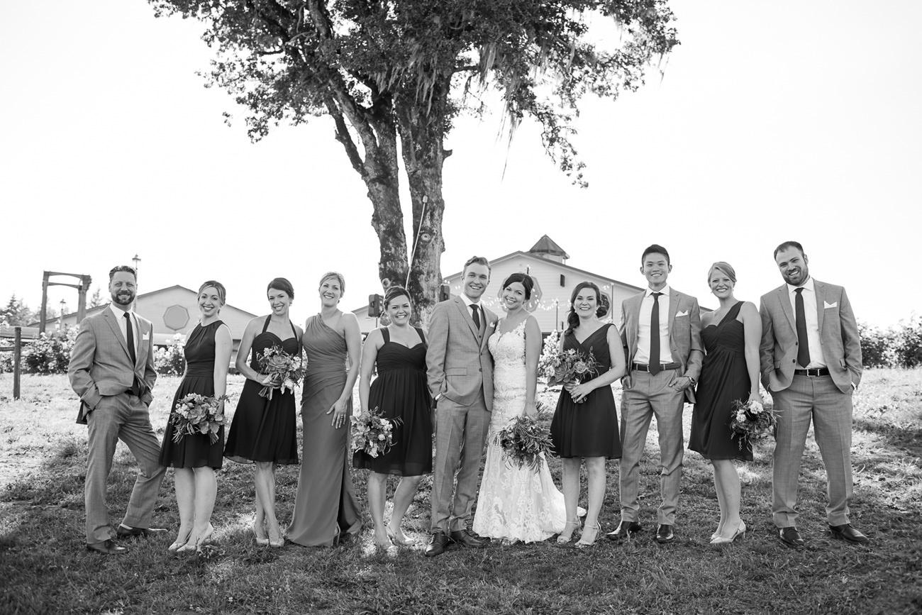 wedding-at-sweet-cheeks-winery-49 Wedding at Sweet Cheeks Winery | Eugene Oregon Photography | Emily & Bradley