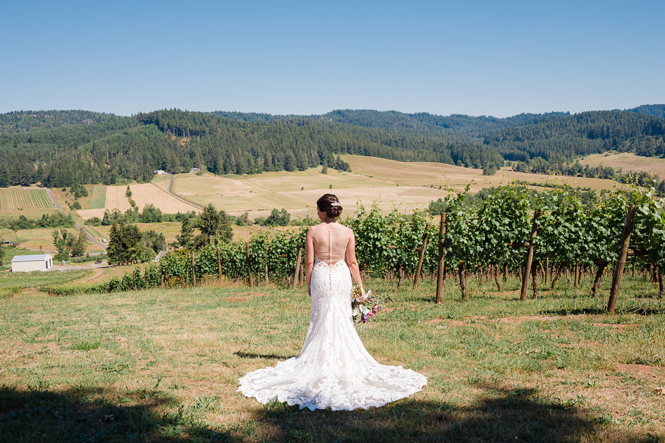 wedding-at-sweet-cheeks-winery-54 Wedding at Sweet Cheeks Winery   Eugene Oregon Photography   Emily & Bradley