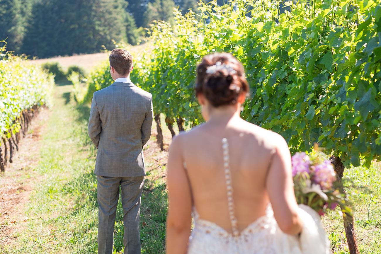 wedding-at-sweet-cheeks-winery-62 Wedding at Sweet Cheeks Winery   Eugene Oregon Photography   Emily & Bradley